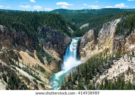 Yellowstone Falls in Yellowstone National Park, USA, Wyoming
