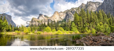 Yosemite Valley - El Capitan and Merced river