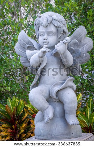Young Angle, Cupid sculpture