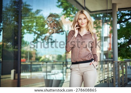 Young attractive woman calling with the cellphone - stock photo