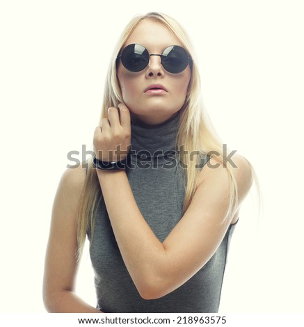 young blond fashion woman with sunglasses