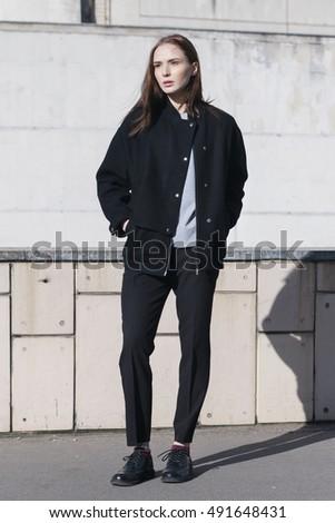 Mesh bomber jacket street style