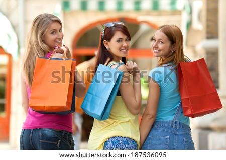 Young girls shopping - stock photo