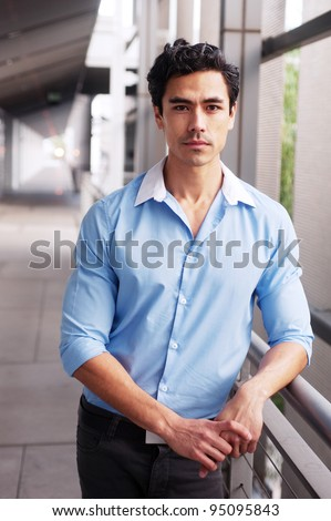 tips on dating a latino man Go find another white man who would love your attention seek out men with a diverse group of friends if you see a good-looking white man that has asian, hispanic, or black friends, chances are he will be open to interracial dating.
