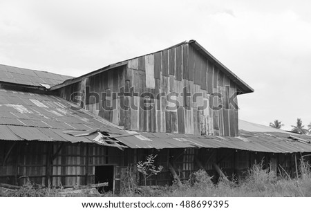 zinc wall rusty corrugated metal thailand ancient home decay nature, Black and white tone