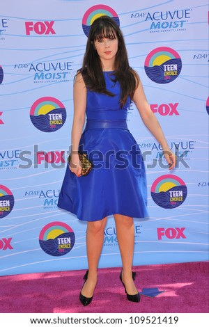 Zooey Deschanel at the 2012 Teen Choice Awards at the Gibson Amphitheatre, Universal City. July 23, 2012  Los Angeles, CA Picture: Paul Smith / Featureflash