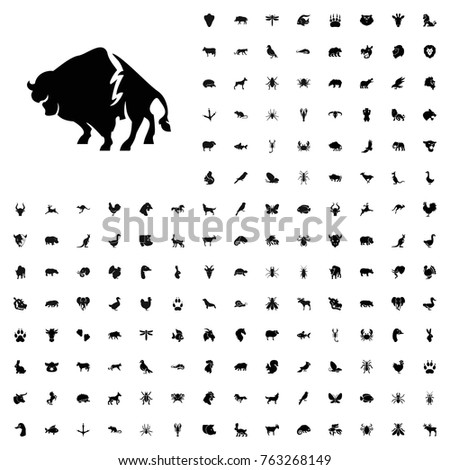Buffalo icon illustration isolated vector sign symbol. animals icon set for web and mobile.