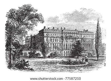 Hampton Court Palace, London, England vintage engraving. Old engraved illustration of Hampton court palace, 1800s. Trousset Encyclopedia - stock vector