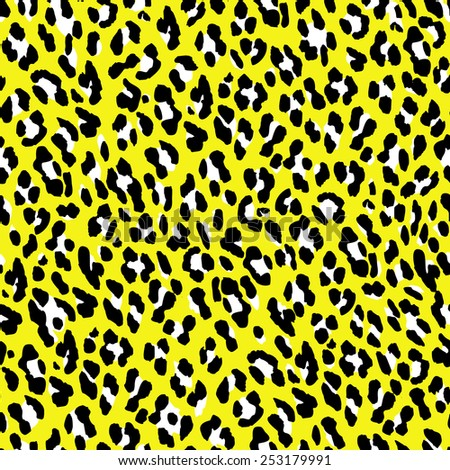 Seamless leopard pattern. Yellow fur leopard print. Leopard skin background. - stock vector