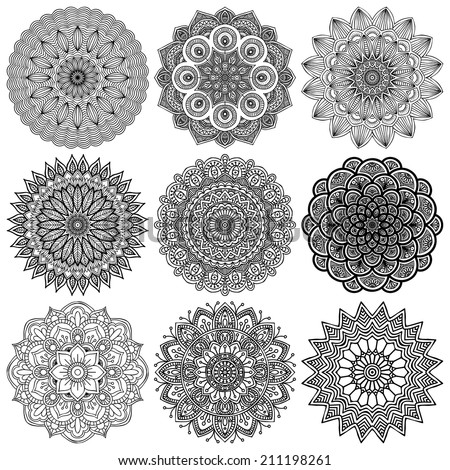 Set mandalas. Round Ornament Pattern. Vintage decorative elements. Hand drawn background. Islam, Arabic, Indian, ottoman motifs. - stock vector