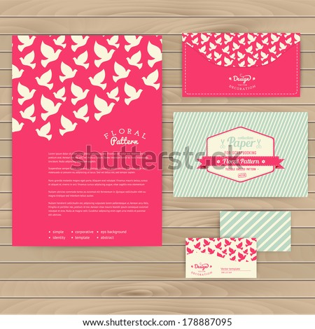 Set of floral vintage wedding cards on wood texture, invitations. Wedding invitation. Invitation, envelope, card, banner. Marriage event. Valentine, seamless pattern is masked and complete. - stock vector